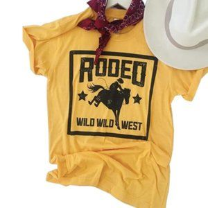 Rodeo Wild Wild West Country Western Yellow Tee